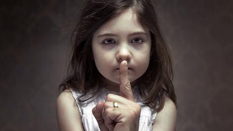 Une action lancée pour protéger les enfants est condamnée, les pédophiles jubilent