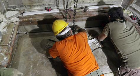 Le tombeau de Jésus ouvert pour la première fois depuis deux siècles