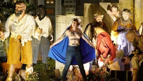Irruption des Femen au Vatican contre «l'oppression des institutions religieuses»