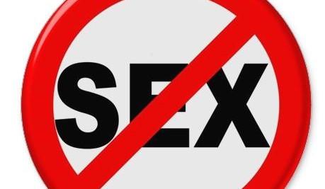 Sex ban: le Royaume-Uni réglemente désormais les relations sexuelles