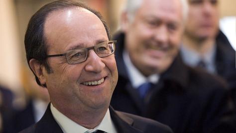Hollande chez les francs-maçons. Ils riront moins devant Dieu.