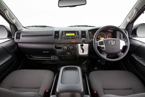 toyota-hiace-passenger-van-8.jpg