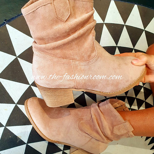 boots suedine