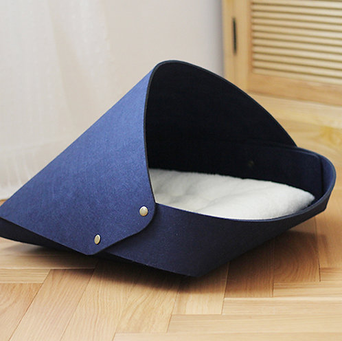 Felt Up Pet Day-bed (Medium) in Navy