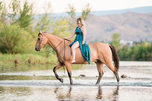Breanna Howell   AQHA Dun Gelding   East Wenatchee, WA   Columbia River