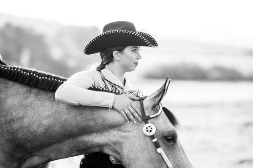 Rachel Hoopman | Duns N Roses Ranch