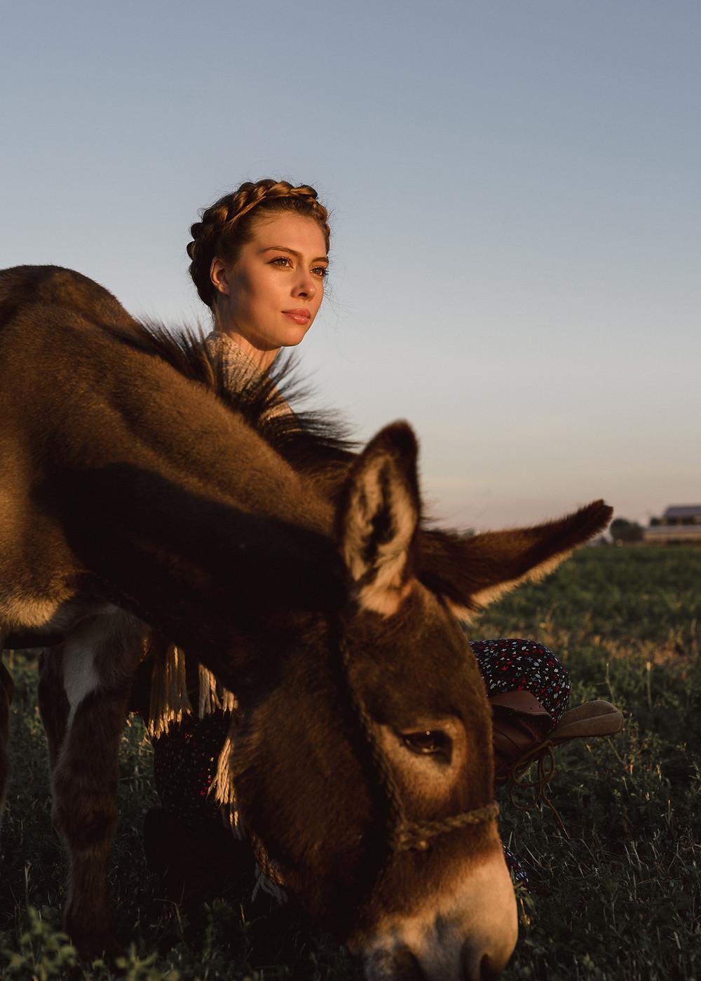Alissa modeling with the mini donkey