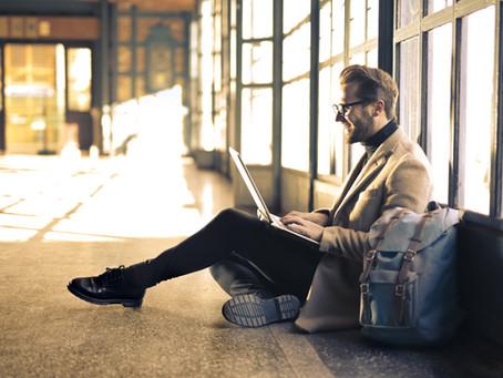 Você não precisa de uma sala de aula para aprender: 5 cursos online que recomendo