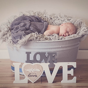 Newborn at Home Shooting