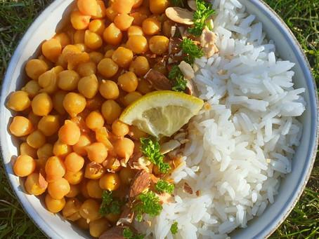 Curry de pois chiches bio du Berry, amandes grillées et riz thai.
