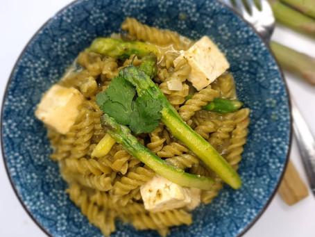ONE POT PASTA , asperges vertes et tofu.