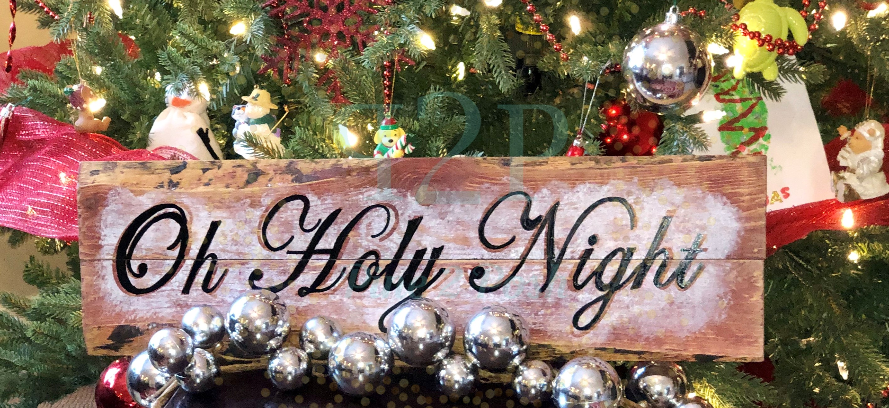 32 HOLY NIGHT