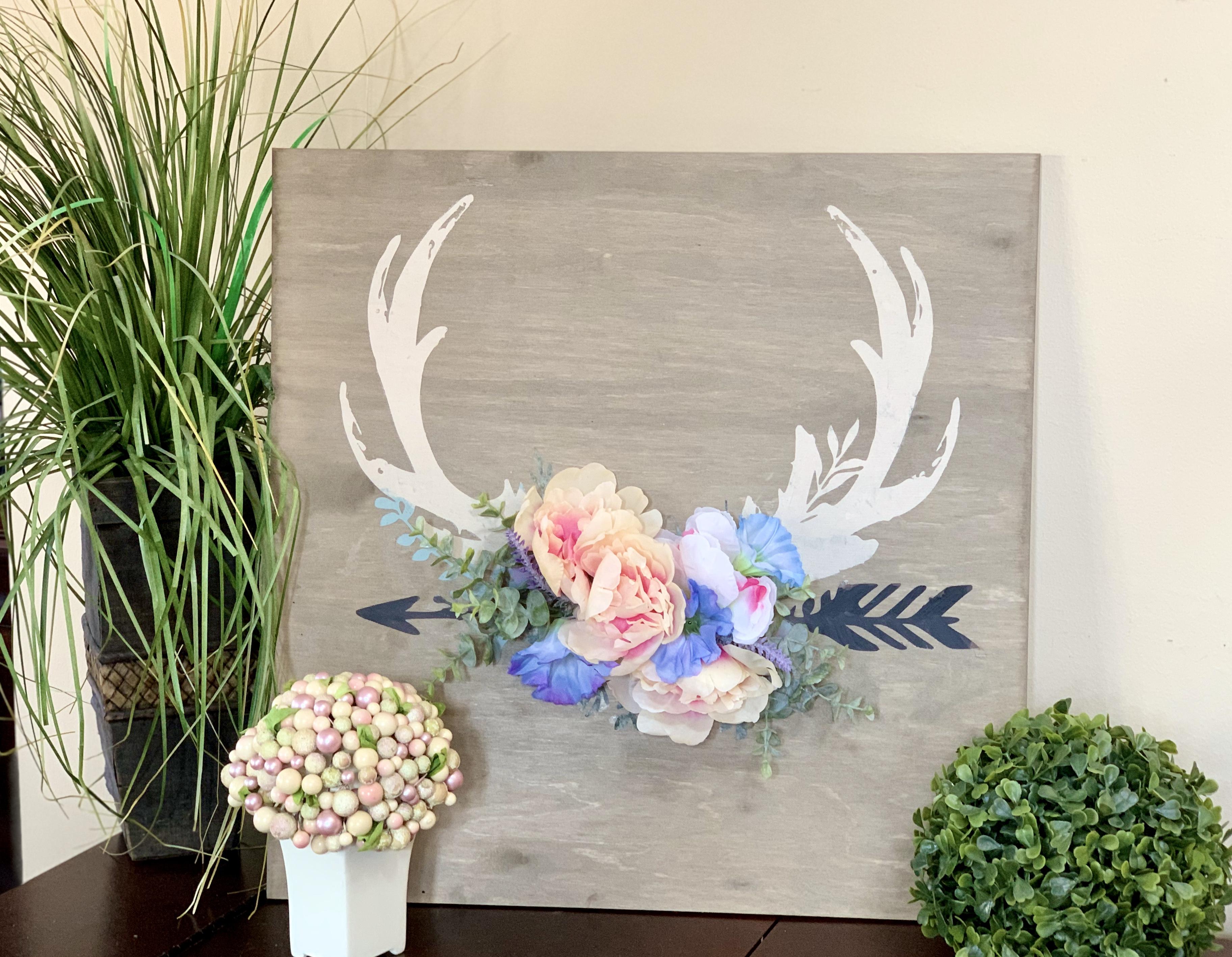 331 Antlers & Flowers