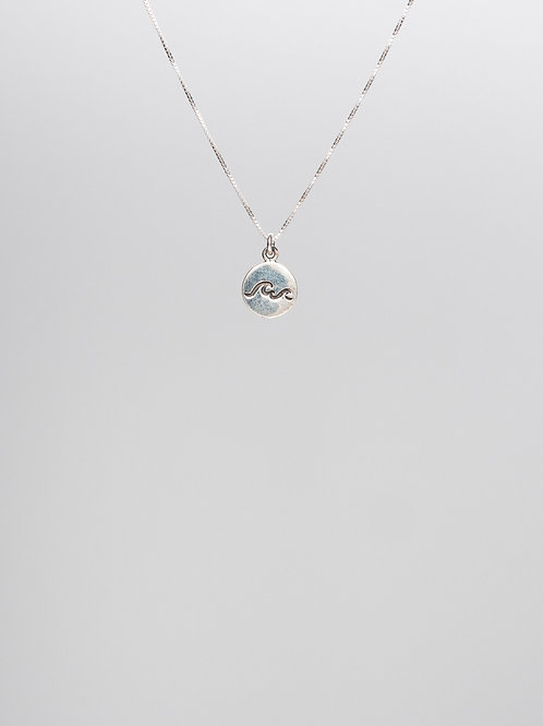 Solid Wave Necklace