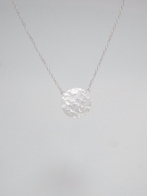 Hammered Matte Disc Necklace