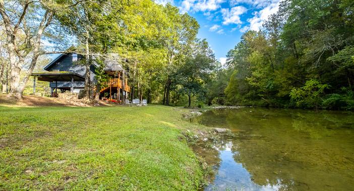 The Camphouse on Livingston Creek