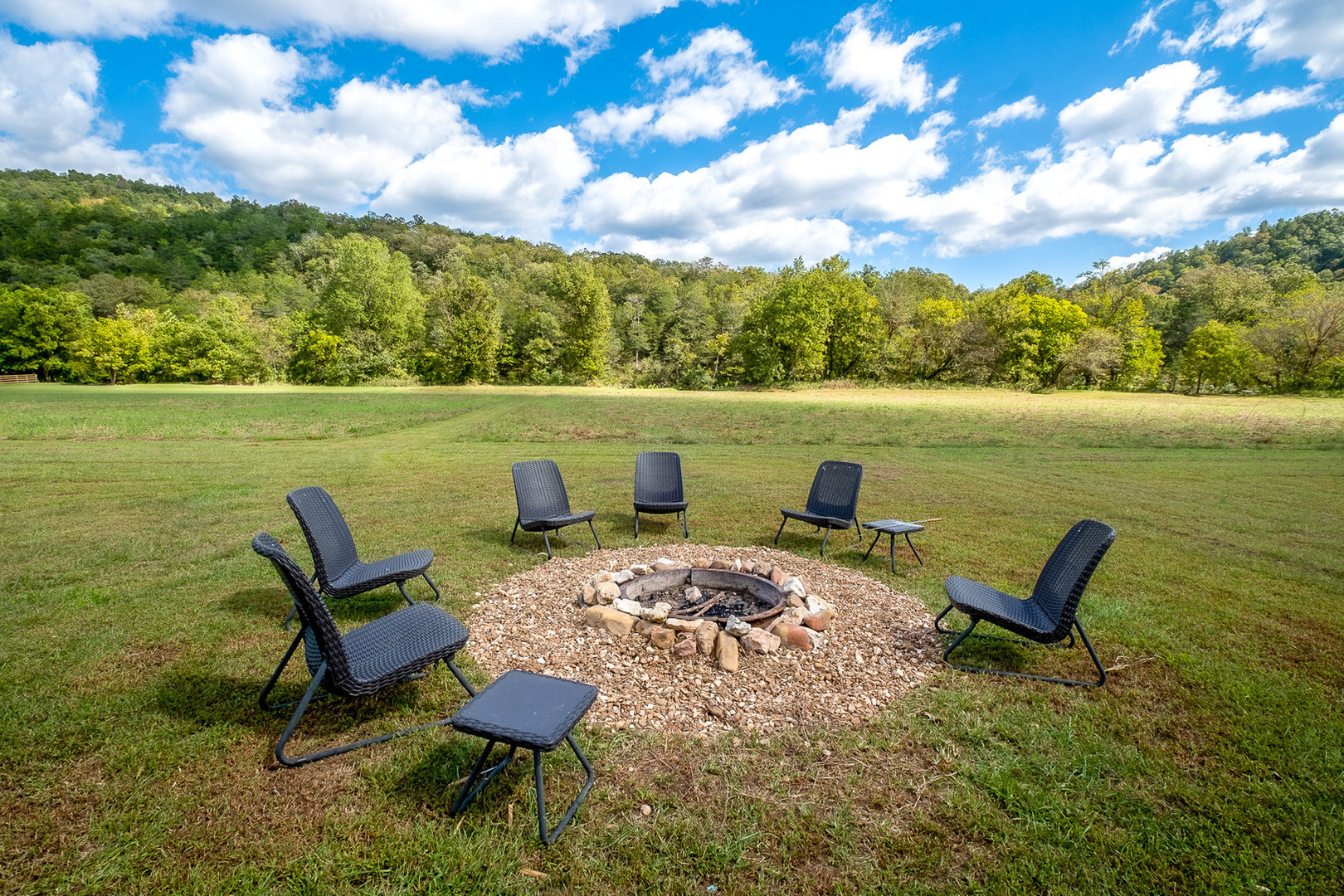 Meadow Cabin Firepit