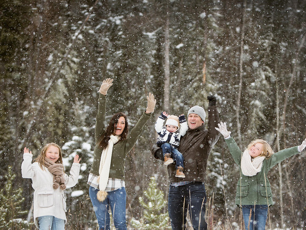 Winter Family Photography.jpg