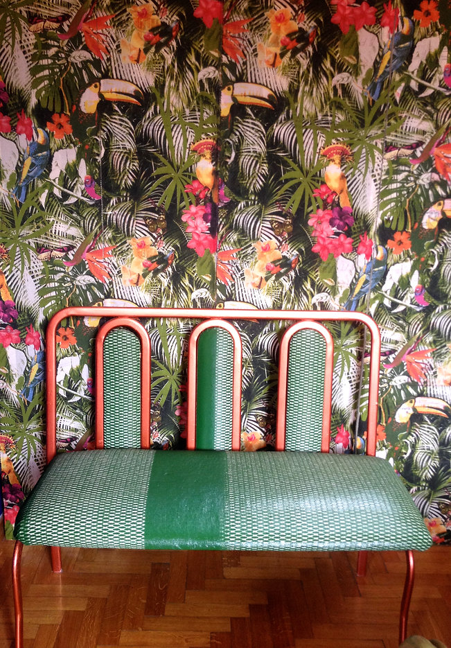 wax linnen bench