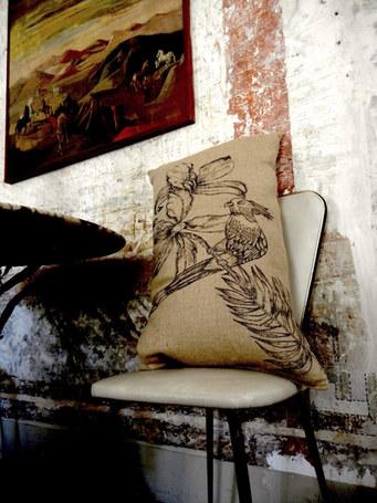 cuscino ucello sedia