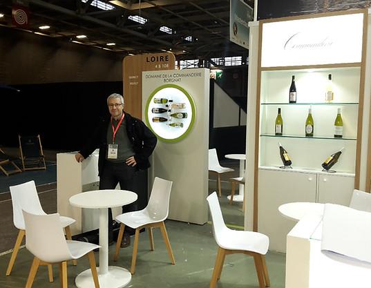 """""""Stand de vin"""" de Vino-Vision à Paris."""