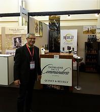 """""""Stand de vin"""" au salon des vins de Loire à Angers."""