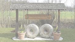 Staudenmuehle - Alte Mühlensteine