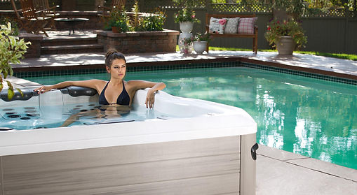 Excellence Swimming Pool & Spa Ltée - Villeroy & Boch Jacuzzi & Spa