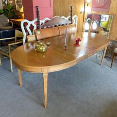 Retro Table w/ 3 Leaf Inserts