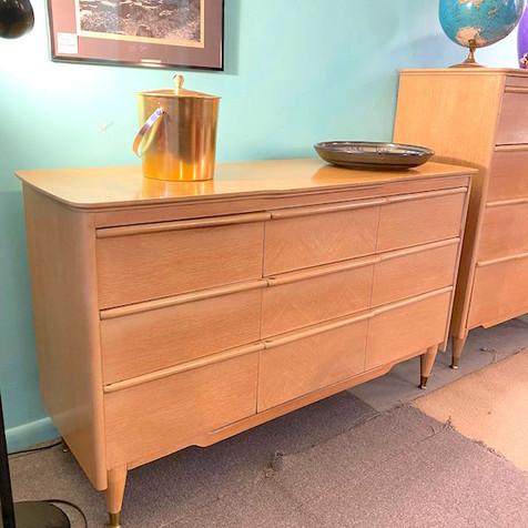 Retro Long Dresser