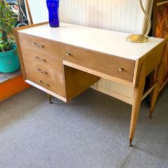 Funky Retro Atomic Desk