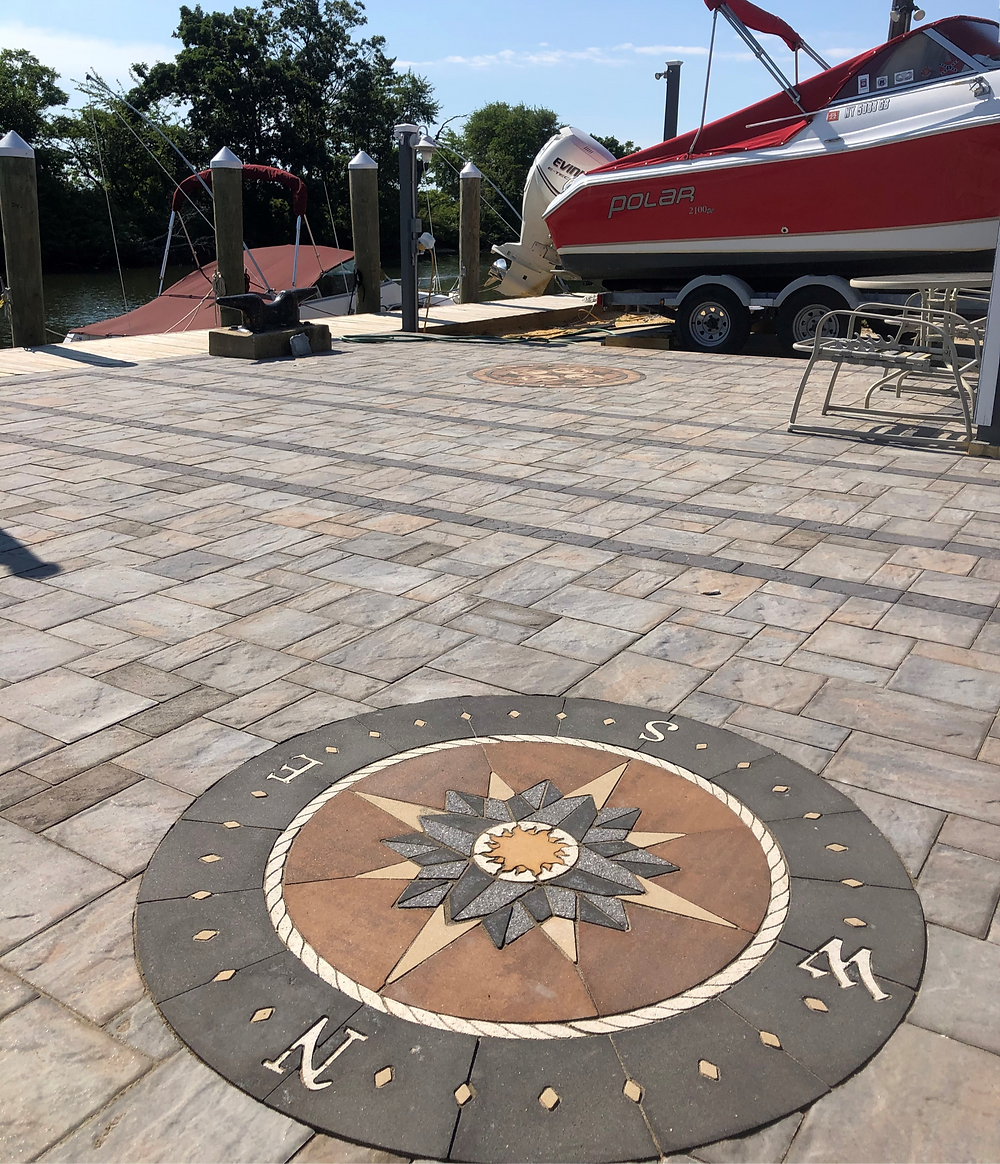 PAVERART, compass rose, patio, outdoor living, patio inlay, landscape architecture