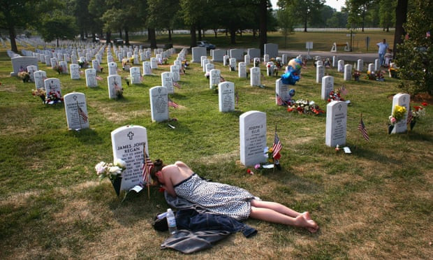 grieving widow, memorial day, military