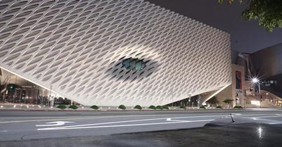 The Broad Museum—_•_•_•_#latepost #night
