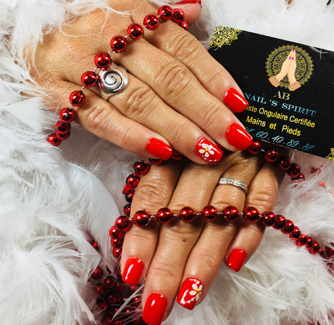 Prothesiste ongulaire Angers - soins des ongles