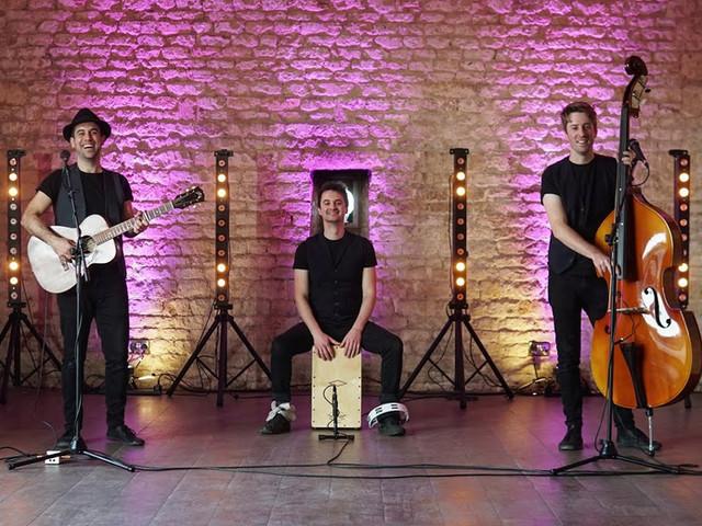 Acoustic Trio