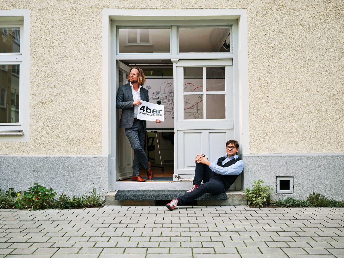 20201005_Matthias_Schwert1755_small.jpg