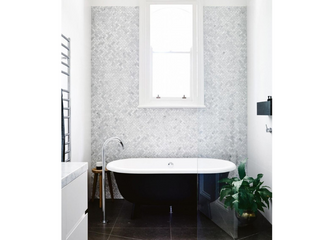 10 Gorgeous freestanding bathtubs you can really get into