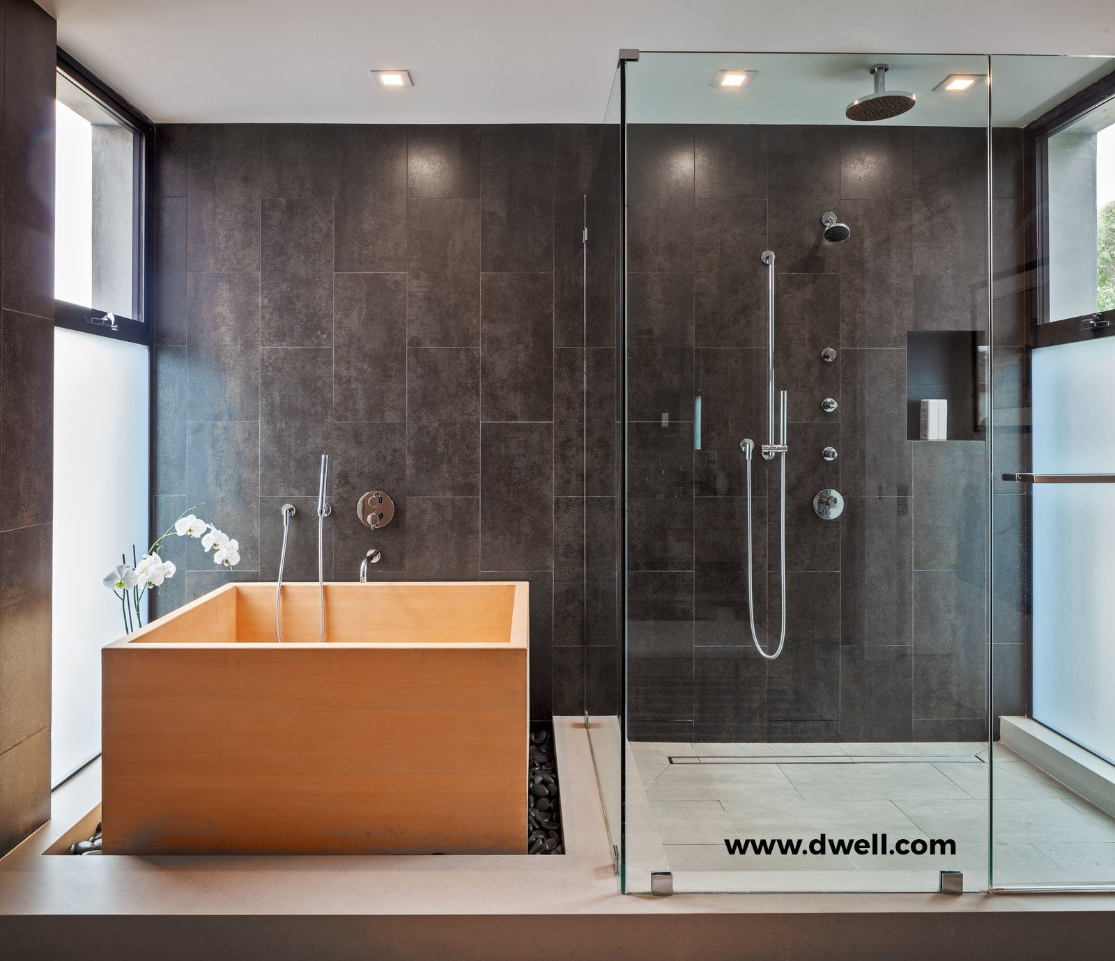 Hinoki soaking tub