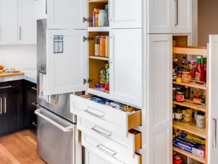 5 Clever examples of hidden storage areas for the kitchen