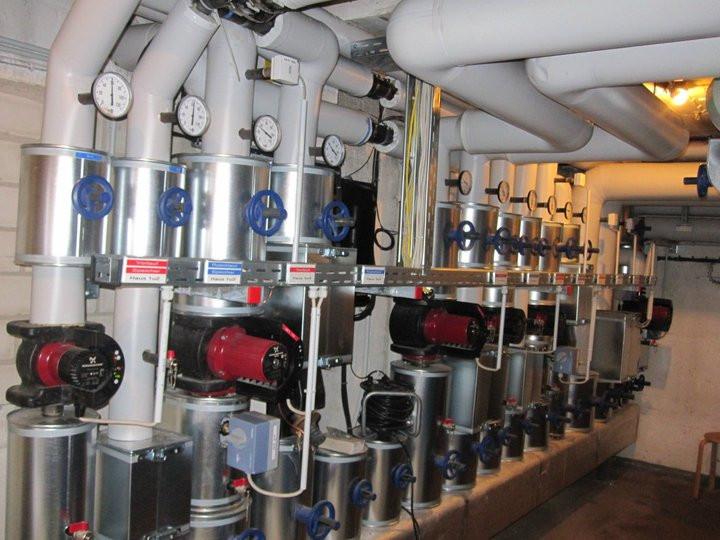Energiezentrale für ein Nahwärmenetz mit über 1.000 kW Leistung