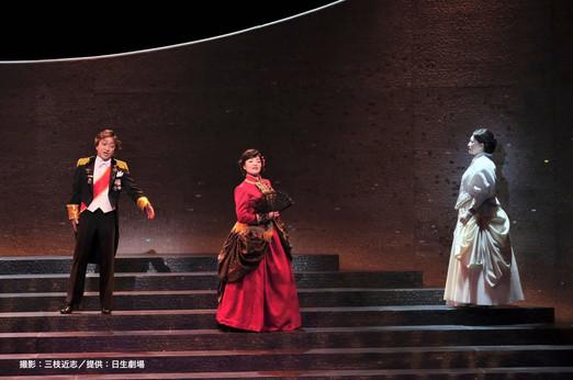 撮影:三枝近志/提供:日生劇場