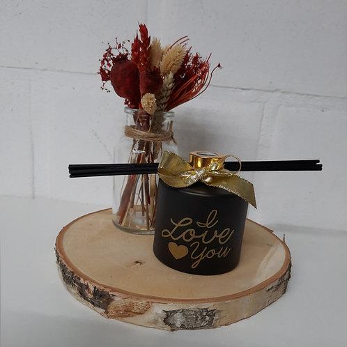 Parfumfles 200 ml (Afgewerkt) Zwart met Gouden dop.