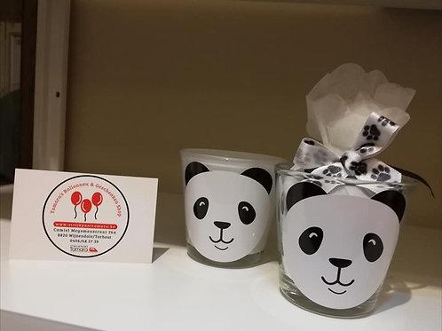 Theelichtje met Pandasticker afgewerkt met snoepjes!