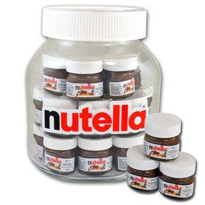 Nutella pot gevuld met 21 potjes.