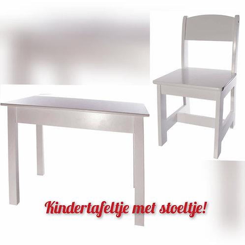 Gepersonaliseerde kindertafel en stoeltje