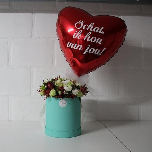 Flowerbox + Folieballon met eigen tekst!