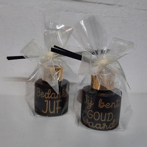 Parfumfles MINI: Zwart met Gouden dop JUF