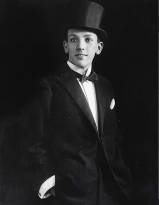 I'll Leave It to You – 100 Years of Noël Coward, Playwright