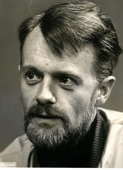 Robert David Macdonald